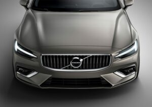223543 New Volvo V60 exterior 300x212 - Volvo presenta el nuevo V60