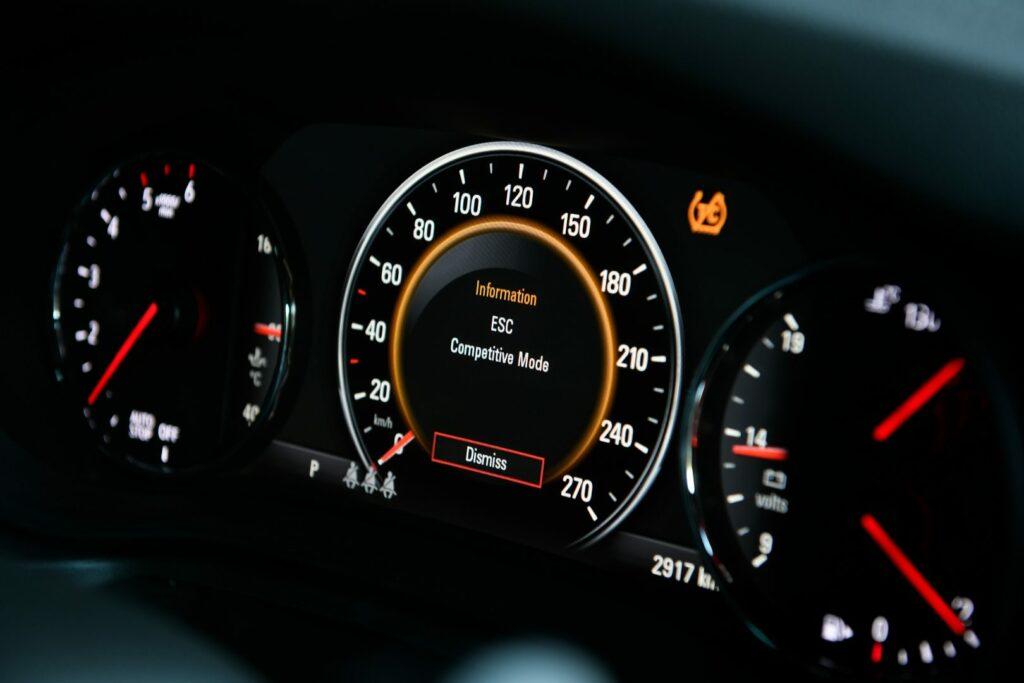 6339ABB2 4B79 4E02 BE99 524498A2A009 1024x683 - Llega el Opel Insignia GSi