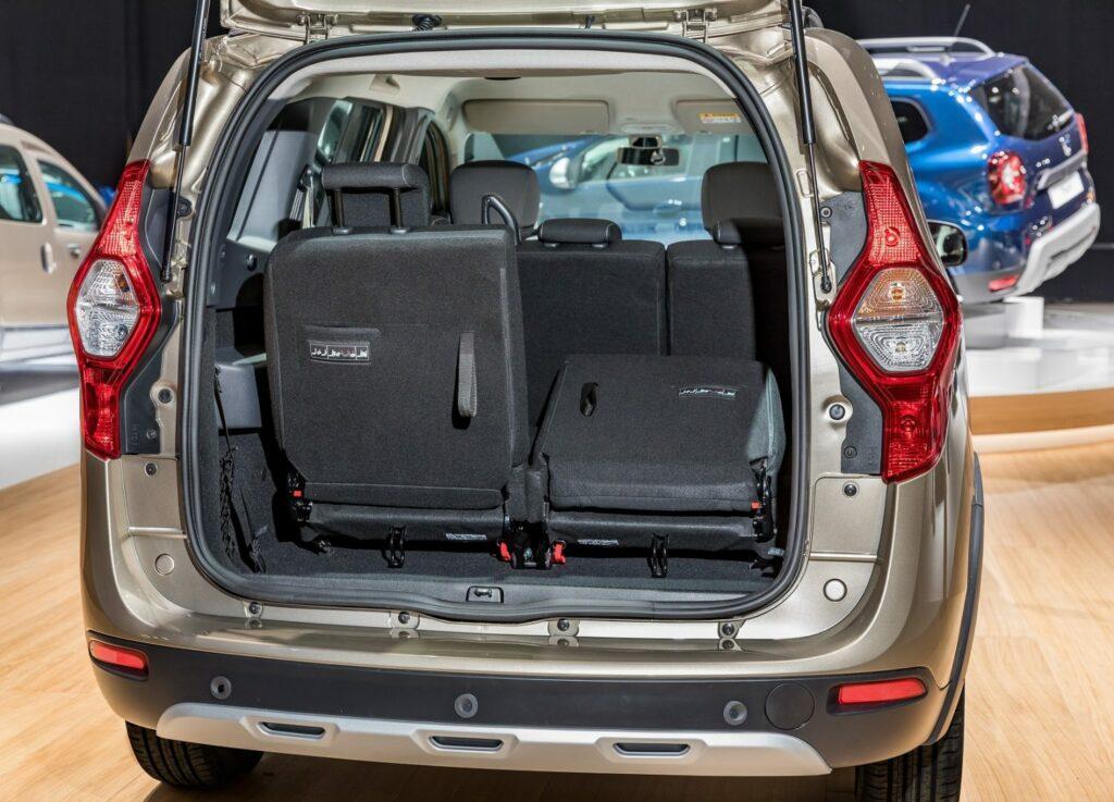 21205426 Dacia LODGY 1024x737 - Dacia presenta novedades para Ginebra