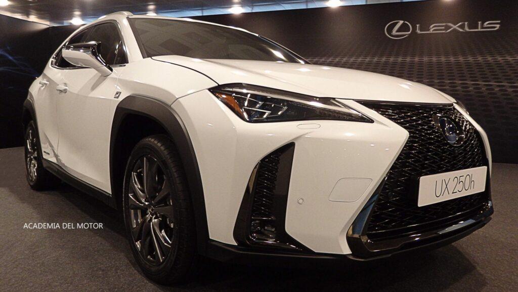 9319CD80 BA5D 4ADB A1D0 8EB4A3BAA029 1024x577 - Presentación del Lexus UX