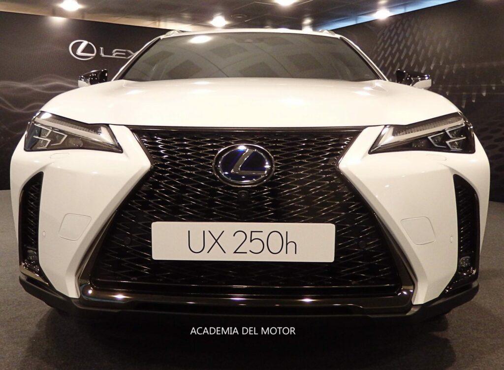 E1D09D55 C8DA 4415 BC0C 8BC619295E3B 1024x751 - Presentación del Lexus UX
