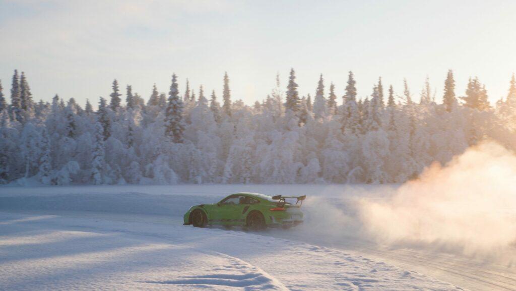 high 911 gt3 rs porsche experience finland 2018 porsche ag 4 1024x577 - Así se desenvuelve el Porsche 911 GT3 RS