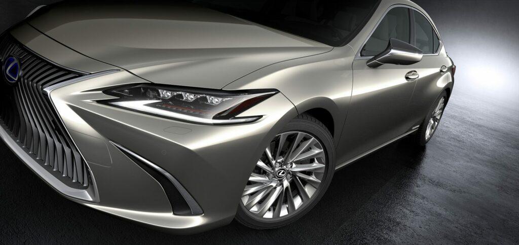 20180425 02 19 1024x483 - El nuevo Lexus ES llega a Europa