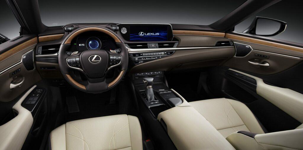 20180425 02 22 1024x508 - El nuevo Lexus ES llega a Europa