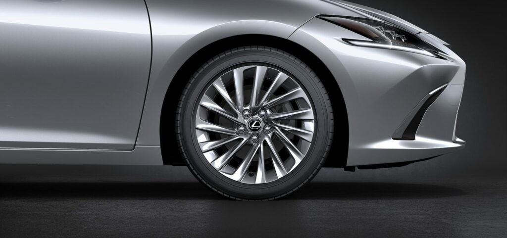 20180425 02 45 1024x481 - El nuevo Lexus ES llega a Europa