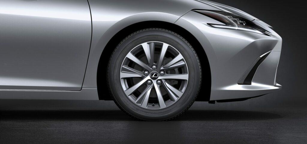 20180425 02 46 1024x481 - El nuevo Lexus ES llega a Europa