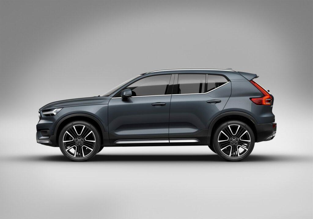 4B88A468 4062 4B49 9A2B 429F4B2BADD7 1024x718 - Galería del coche del año en Europa: Volvo XC40