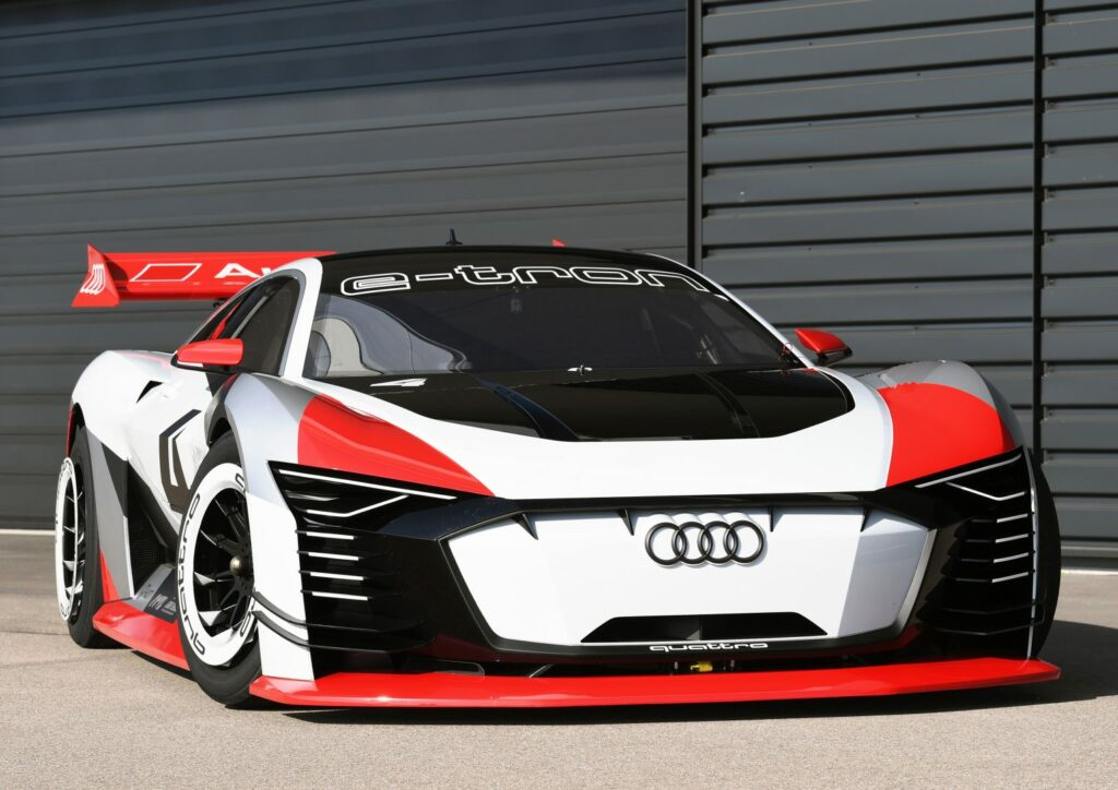 9B91CA2E AAF5 4F80 9E53 6E1ED47C4C5A 1024x724 - Audi e-tron Vision Gran Turismo, de la videoconsola al circuito