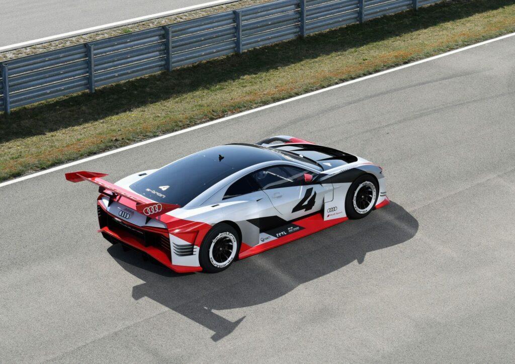 AF9D4BD9 9DDF 4273 8F67 3746F6336BBE 1024x724 - Audi e-tron Vision Gran Turismo, de la videoconsola al circuito