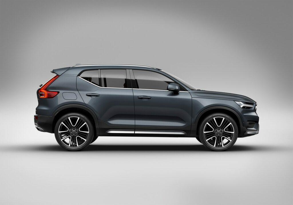 D9161358 2886 4289 A52C E654F69762B7 1024x718 - Galería del coche del año en Europa: Volvo XC40
