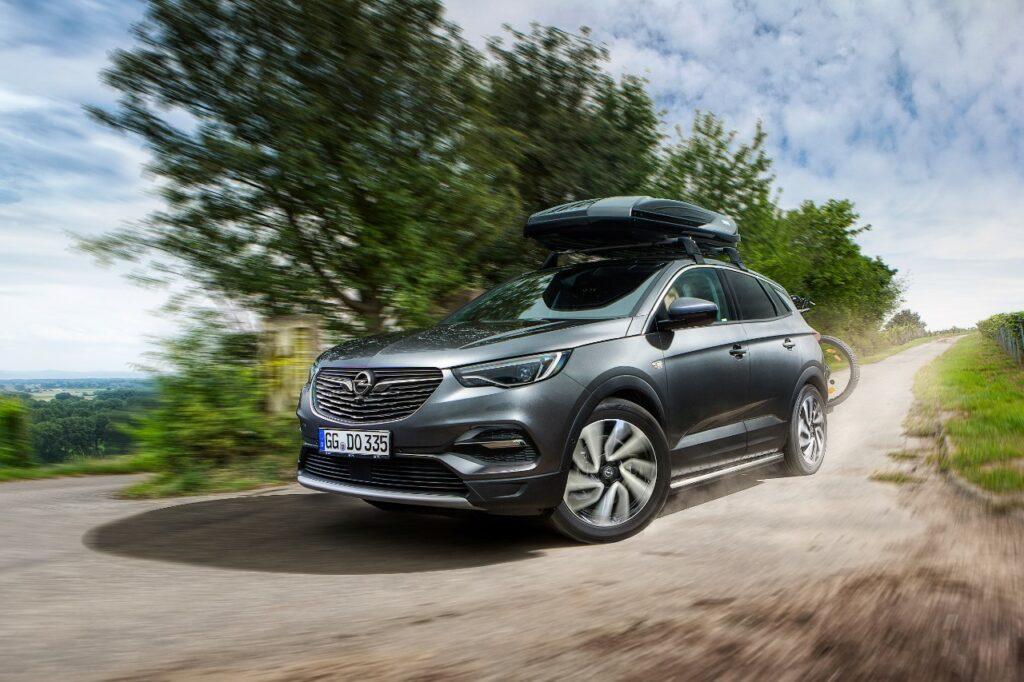 Opel Grandland X 500502 1024x682 - Nuevos accesorios para el Opel Grandland X