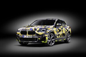 P90297902 highRes the new bmw x2 with  300x200 - BMW X2 disponible con camuflaje digital