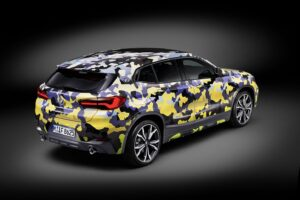 P90297903 highRes the new bmw x2 with  300x200 - BMW X2 disponible con camuflaje digital