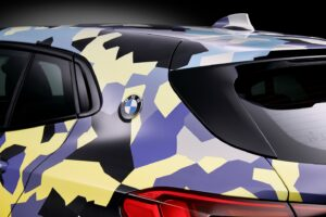 P90297908 highRes the new bmw x2 with  300x200 - BMW X2 disponible con camuflaje digital