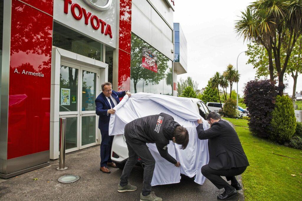 yarisgrmn entrega8 1024x683 - Toyota entrega 5 unidades del Yaris GRMN en España