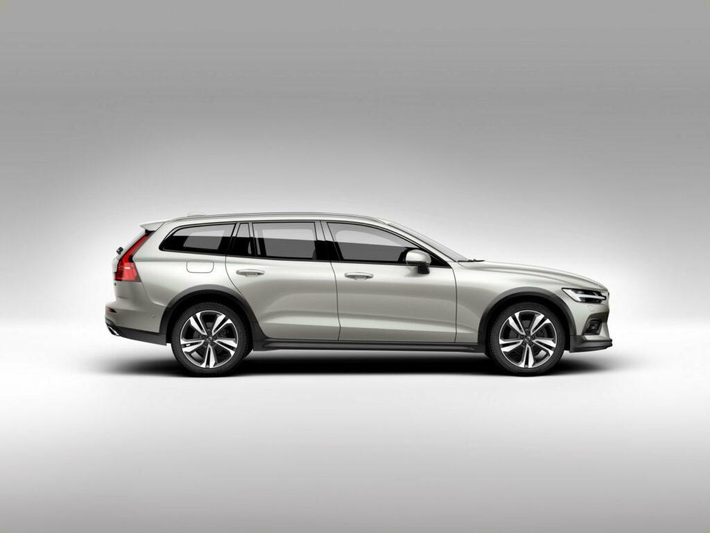 238205 New Volvo V60 Cross Country exterior 1024x768 - Nuevo Volvo V60 Cross Country