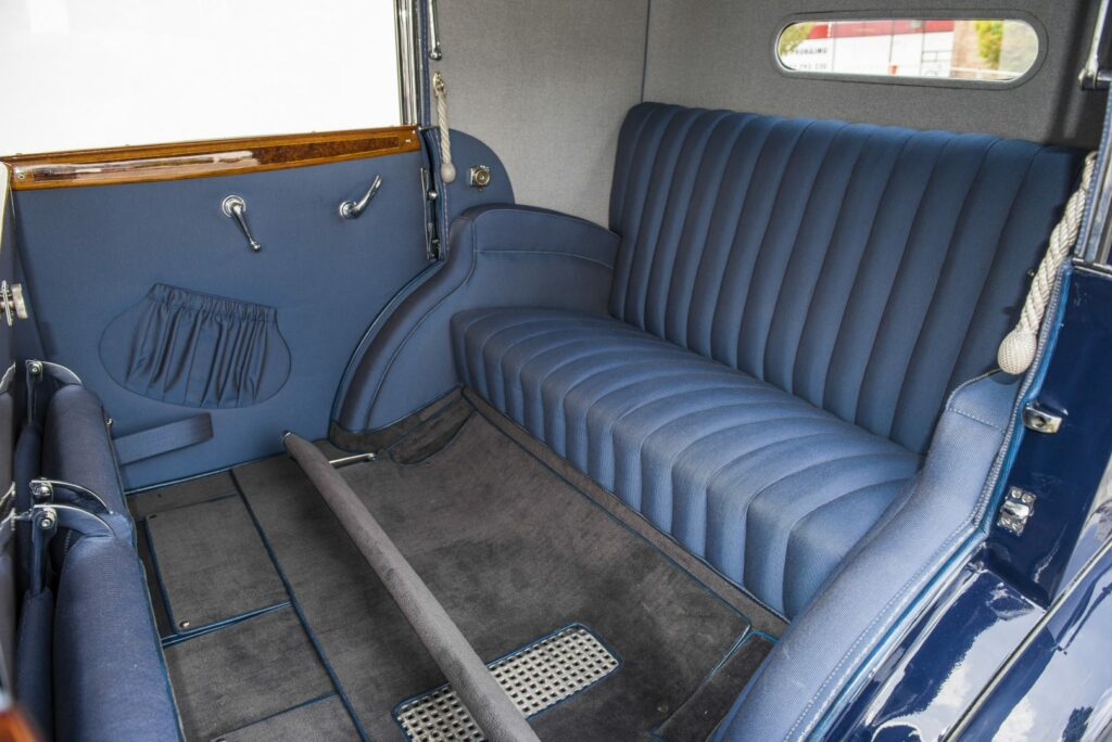 181025 SKODA 860 interior 3 1024x684 - Skoda 860: el lujo checo de entreguerras