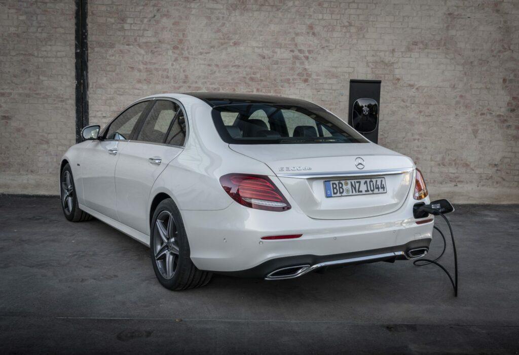 18C0838 193 1024x701 - Mercedes anuncia la electrificación de su gama