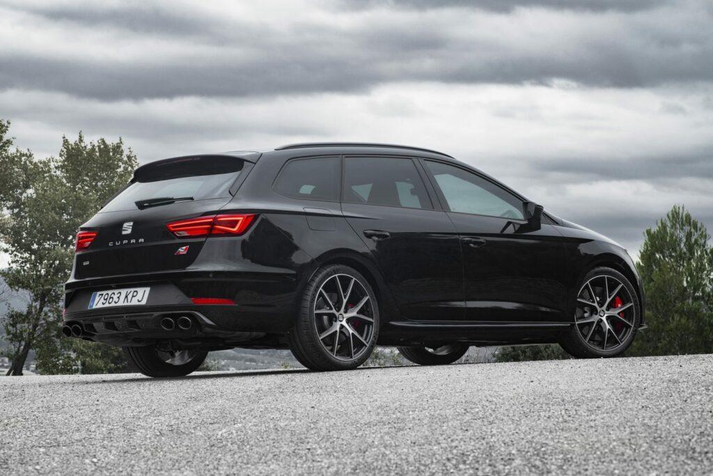 """CUPRA Black Carbon 005 HQ 1024x683 - Nueva versión """"Black Carbon"""" para el Seat León ST Cupra"""