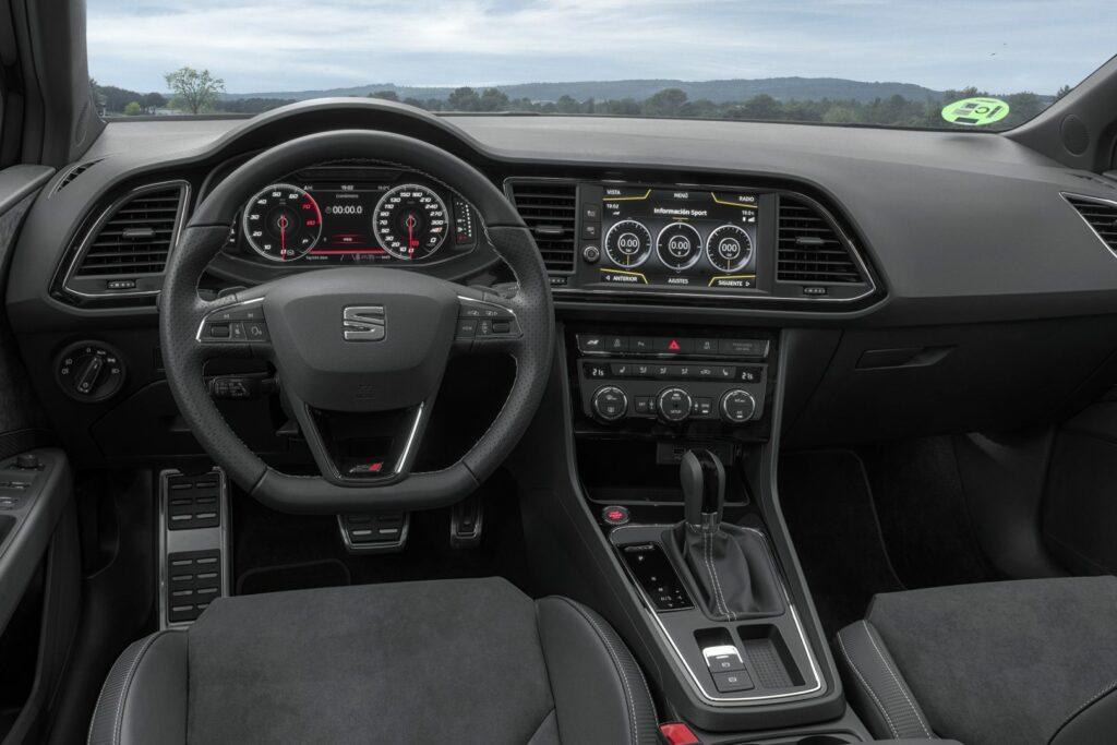 """CUPRA Black Carbon 006 HQ 1024x683 - Nueva versión """"Black Carbon"""" para el Seat León ST Cupra"""