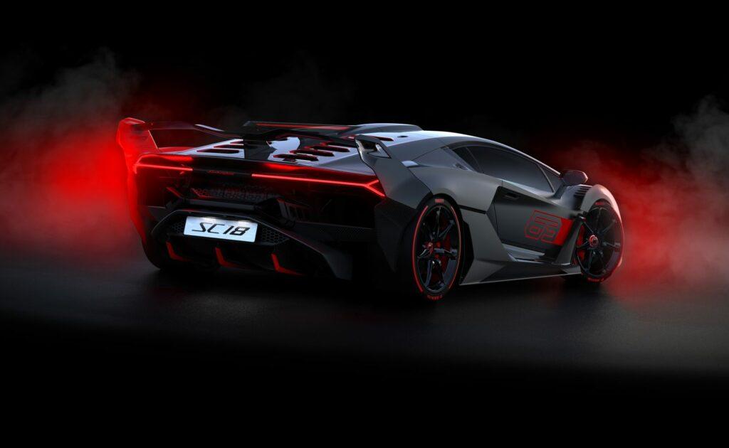 3B89072E 00E5 40BC 85FE D5F602B8EC4A 1024x630 - Del circuito a la calle: Lamborghini SC18
