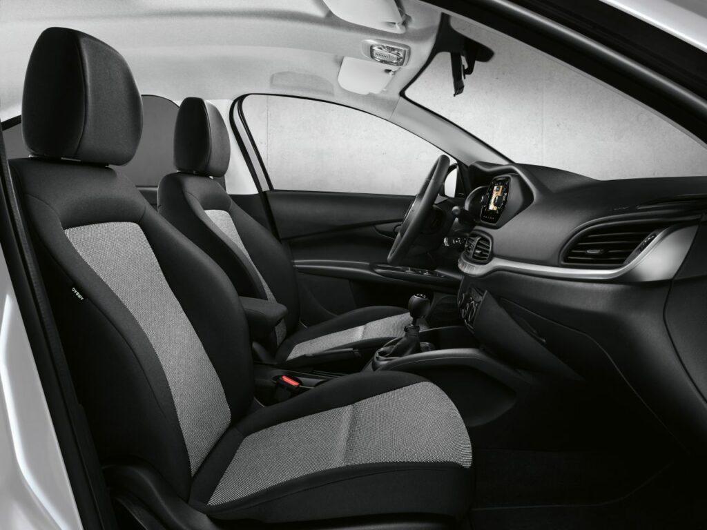 8F9BA216 7799 48F0 A941 F4932744BD88 1024x768 - Nuevos Fiat Tipo Mirror y Street