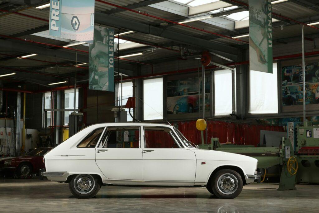 D1352E2E 09F9 4E94 B3E5 AA1AEFEFEBC0 1024x683 - Renault 16: el primer familiar