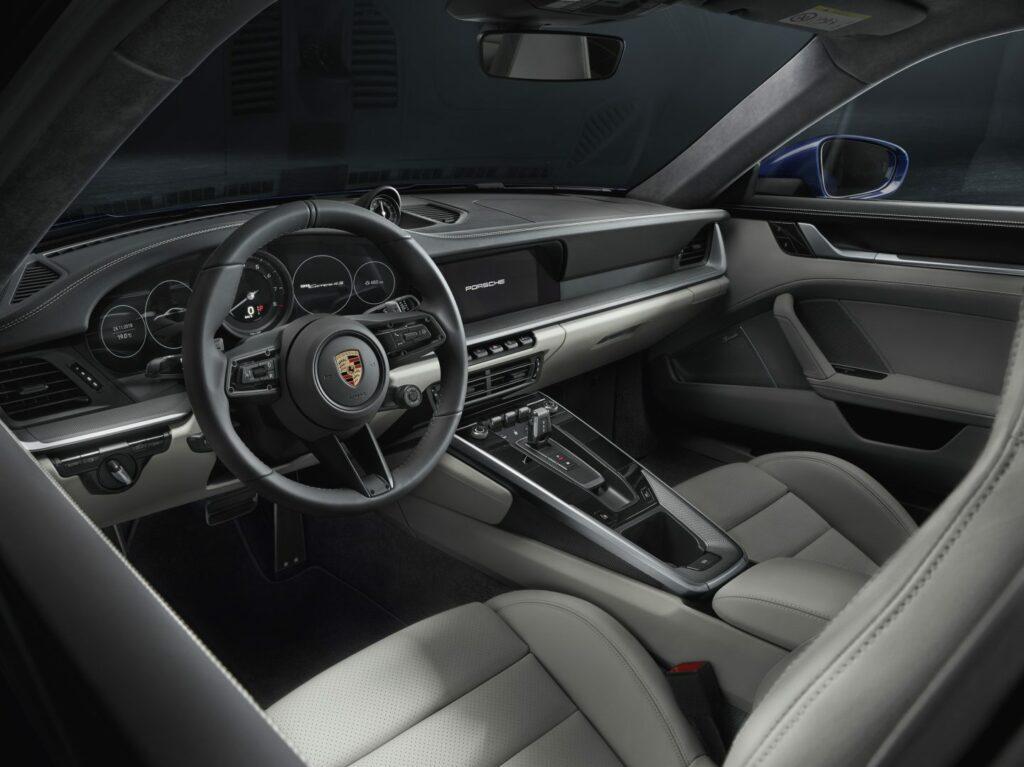 P18 0880 a5 rgb 1024x767 - Presentado el nuevo Porsche 911