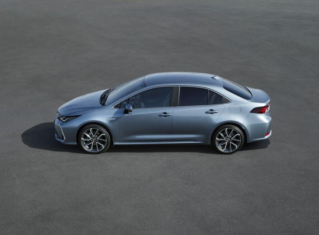 corolla highprofile v7 rgb lr 841192 1024x754 - El nuevo Toyota Corolla Sedán llegará a España