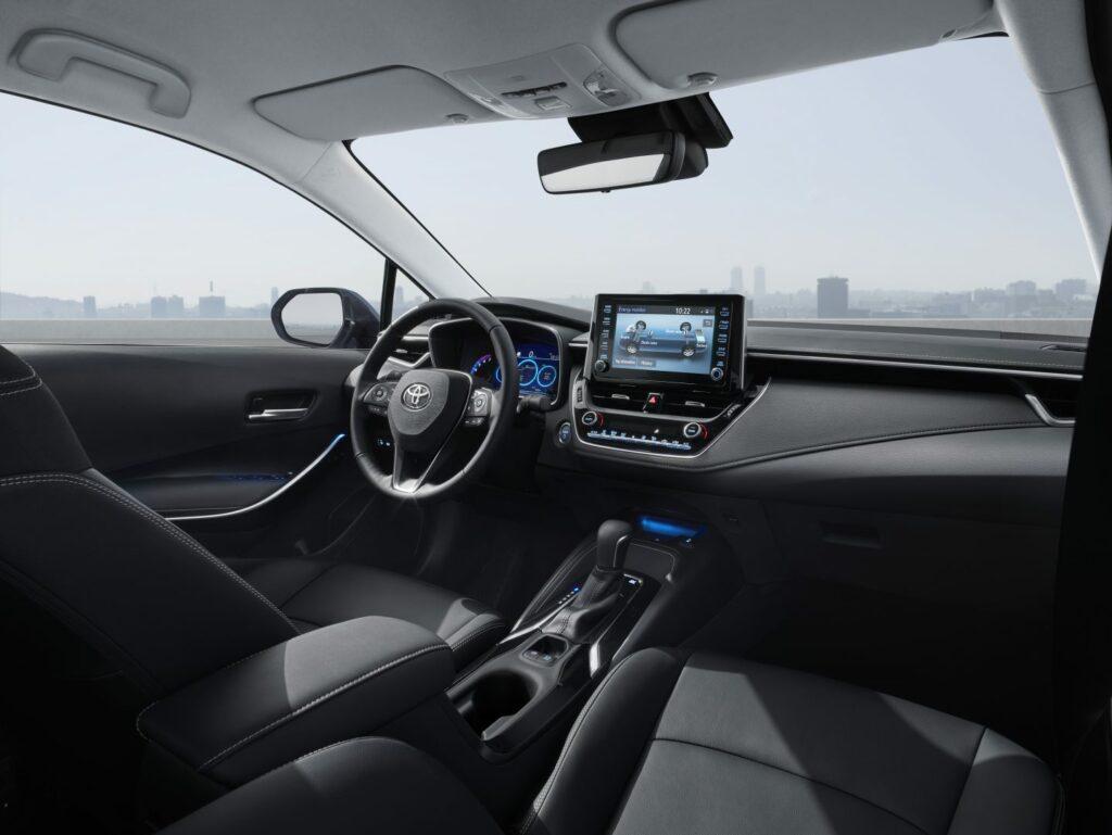 corolla interior v05 rgb lr 956266 1024x769 - El nuevo Toyota Corolla Sedán llegará a España