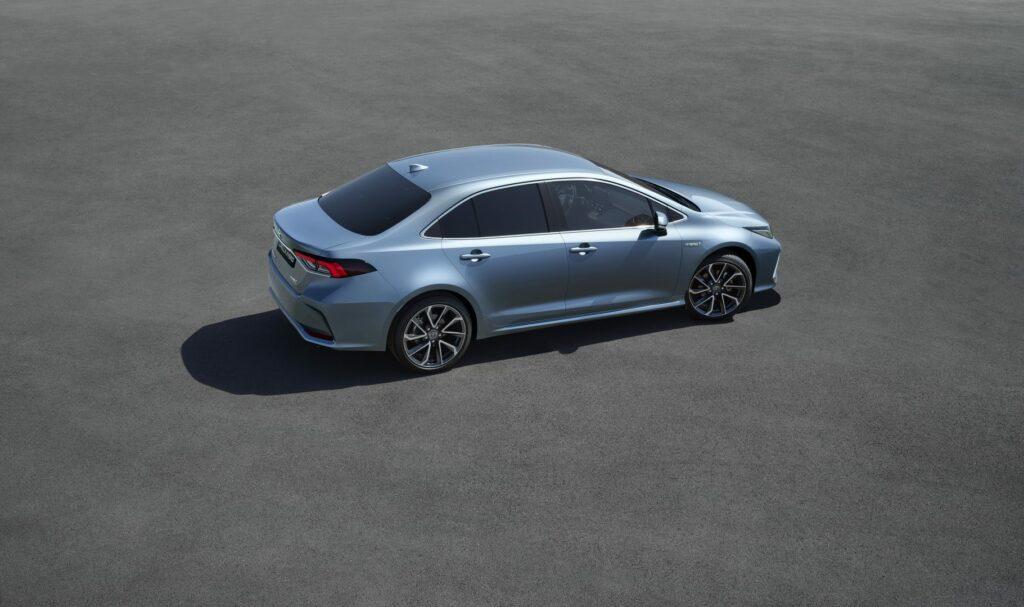 corolla rear 34 v05 rgb lr 635118 1024x607 - El nuevo Toyota Corolla Sedán llegará a España
