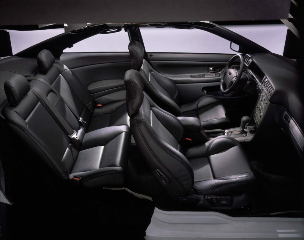 41F7473C 2F32 4C30 B454 2632FA87B7BF 1024x810 - Volvo C70 (1996-2005): un próximo clásico