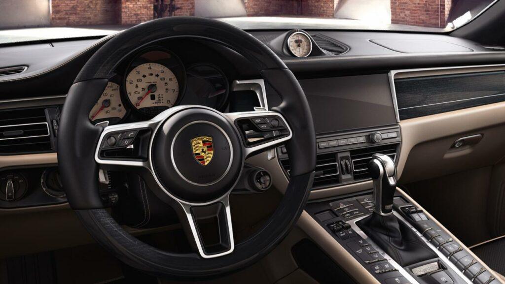 4C0656F0 5AAB 4925 A360 844FDD6BAAA3 1024x577 - Macan S por Porsche Exclusive Manufaktur