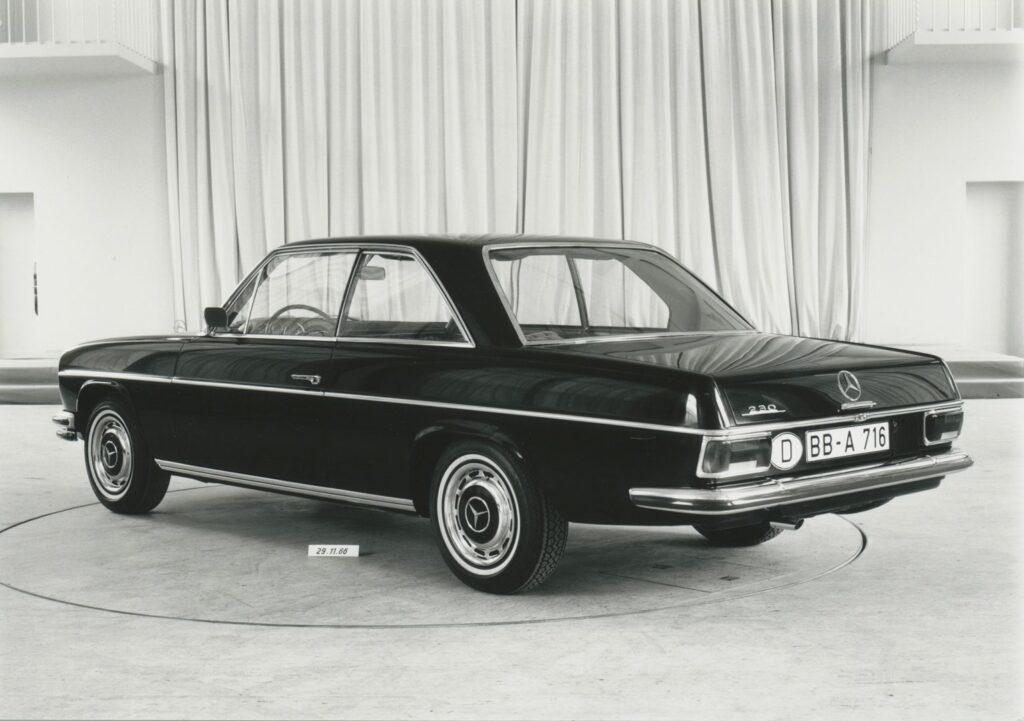 """662498 1024x721 - 50 años del """"Stoke Eight"""": el antecesor de la Clase E de Mercedes"""