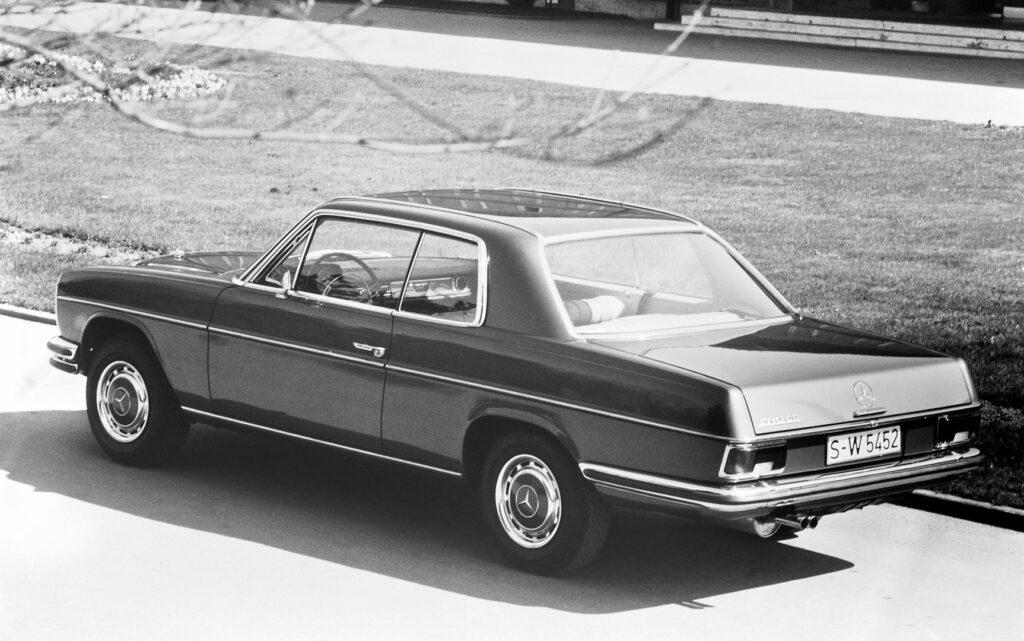 """C6946 1024x641 - 50 años del """"Stoke Eight"""": el antecesor de la Clase E de Mercedes"""