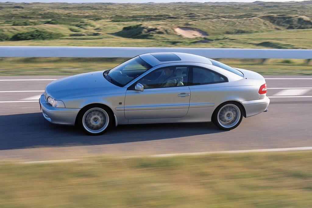 FEBD8783 D203 4BF1 9720 B78B7D5F895A 1024x683 - Volvo C70 (1996-2005): un próximo clásico