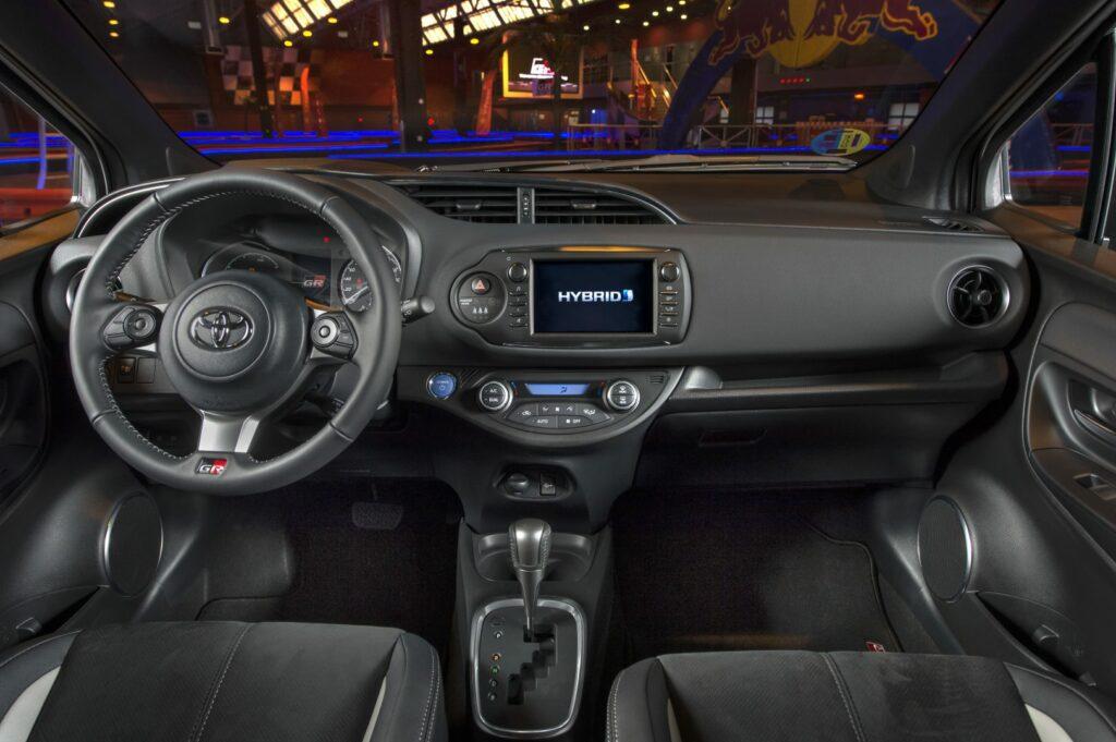 toyotayarisgr sport25 899609 1024x681 - Nuevo Toyota Yaris GR-SPORT: espíritu deportivo