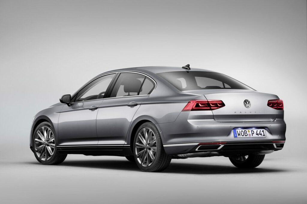 DB2019AU00090 medium 1024x683 - Volkswagen renueva el Passat centrado en la tecnología y la conducción autónoma