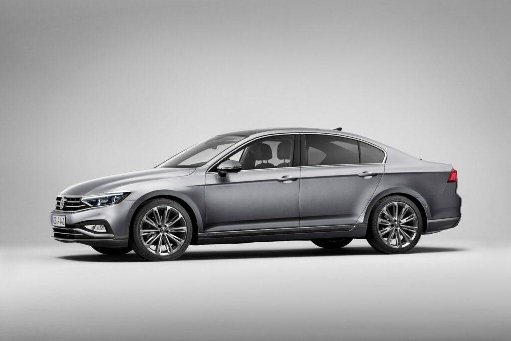 DB2019AU00091 medium 1024x683 - Volkswagen renueva el Passat centrado en la tecnología y la conducción autónoma
