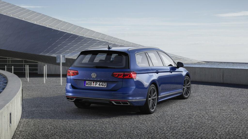 DB2019AU00116 medium 1024x576 - Volkswagen renueva el Passat centrado en la tecnología y la conducción autónoma